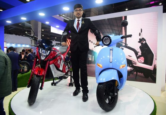 EeVe India unveils high-end electric two-wheelers at Auto Expo 2020