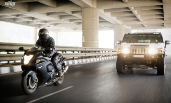 Rider vs Driver: Size does matter when it's Hayabusa vs Hummer!